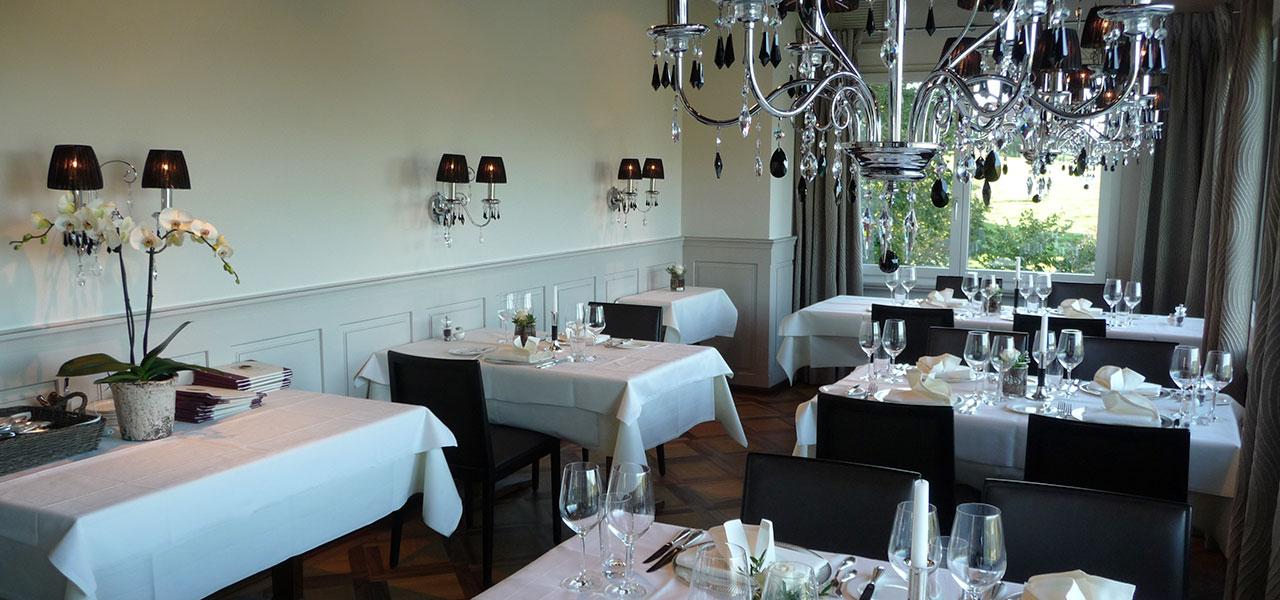 """Semm Innenarchitektur - Restaurant """"Wilder Mann"""" Buonas 2"""