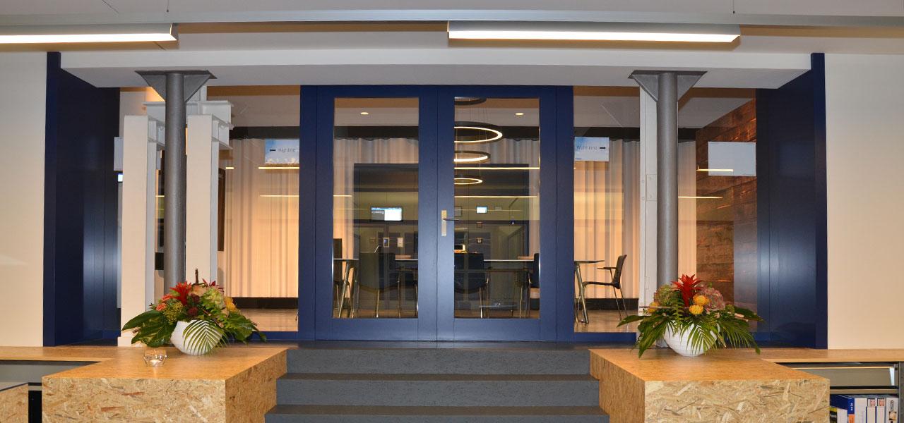 Semm Innenarchitektur - Shop and Office Conversion Spline AG 12